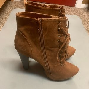 NWOT Torrid Heeled Zipper Boots (SEE MEASUREMENTS)